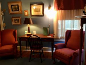 Hirsch chairs and desk